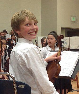 7th Grade Violinist